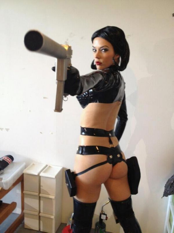 adrianne-curry-hot-cosplay-aeon-flux.jpg